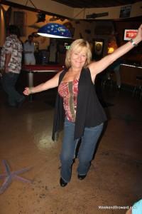 Karaoke at The Dive Bar